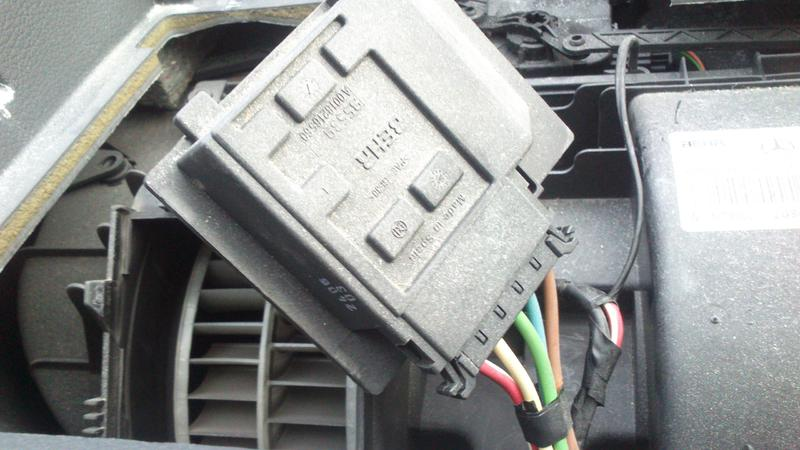 Vito Blower Not Working Dsc on 2012 Mercedes Sprinter Fuse Box