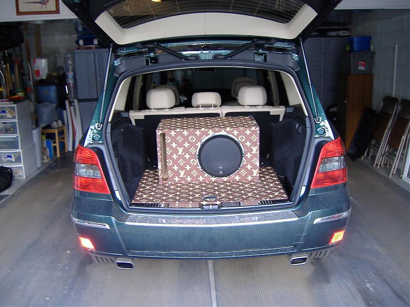 GLK Audio Upgrade - Mercedes-Benz Forum
