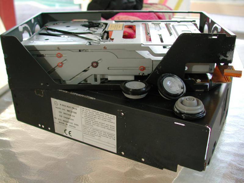 WANTED ALPINE MC3198 6 CD DECK SHOCK ABSORBERS V220 S500 FEB 2000 PROD DATE-dscn6922.jpg