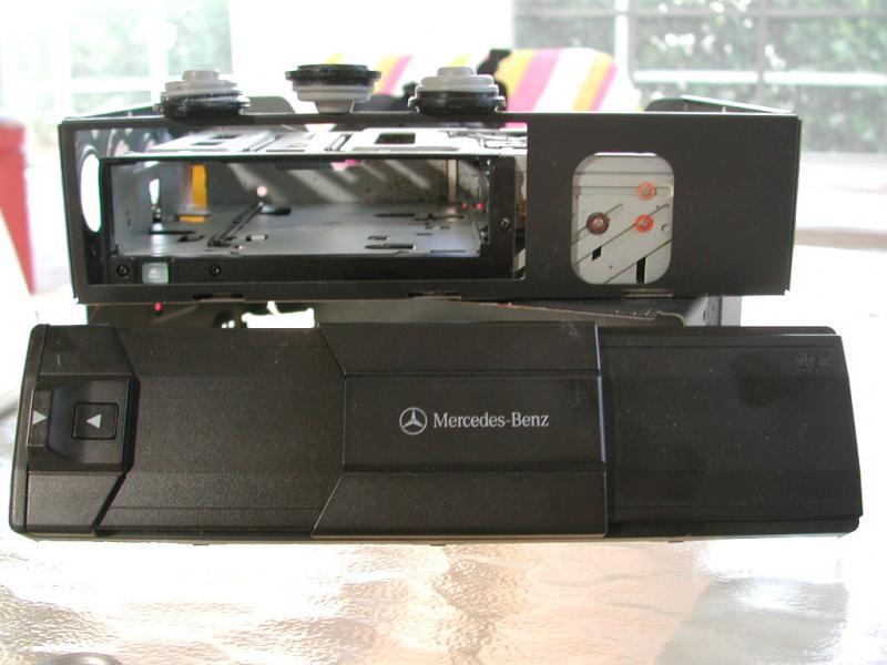 WANTED ALPINE MC3198 6 CD DECK SHOCK ABSORBERS V220 S500 FEB 2000 PROD DATE-dscn6925.jpg