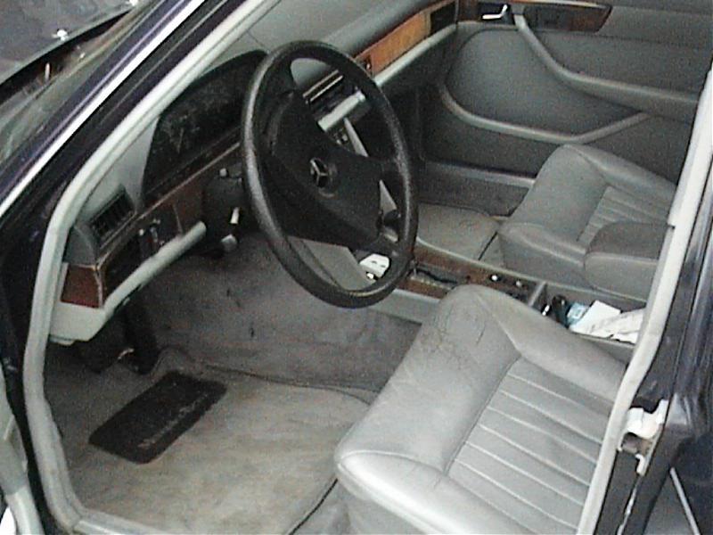 1984 300SD 00-dvc00590.jpg