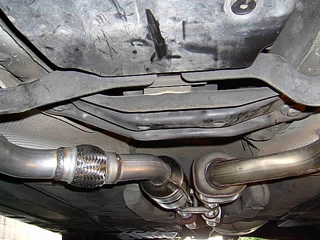 2000 2001 2002 Mercedes-Benz E430 Left Catalytic Converter