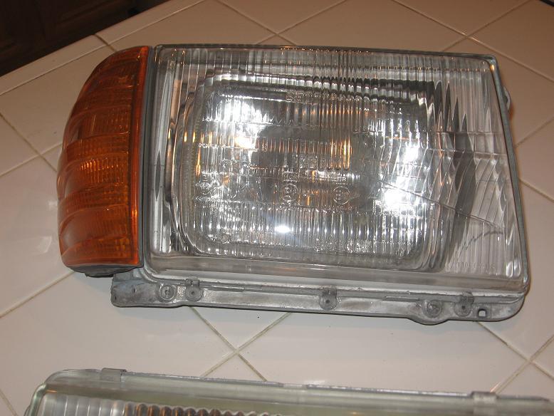 WTB: R107 euro headlights-euro5.jpg