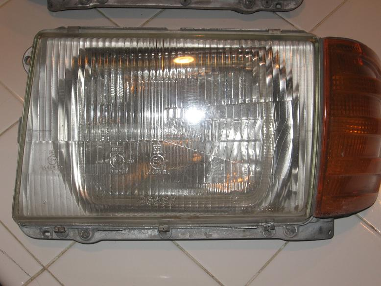 WTB: R107 euro headlights-euro6.jpg