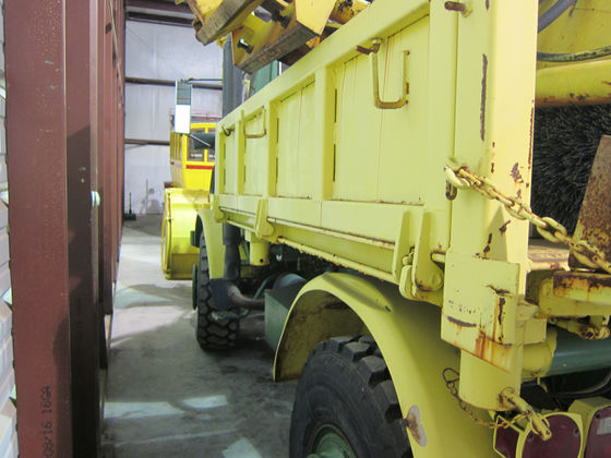 unimog auction-fi62.jpg