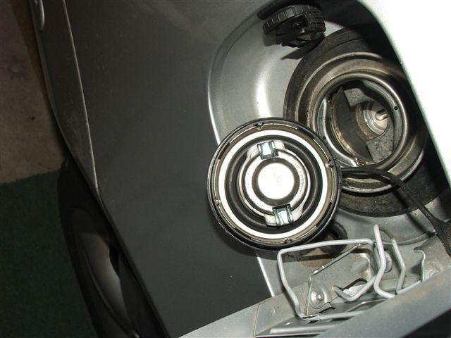 Mercedes Sprinter 2006 >> twisted gas cap won't fit back on - Mercedes-Benz Forum