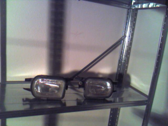 FS: SLK parts see pictures- HU,changer,speakers,brakes etc. Make me an offer!-fogs.jpg