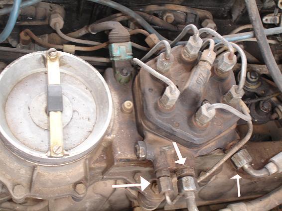 D Help Fuel Distributors Fuel Lines on Mercedes Fuel Injector Location