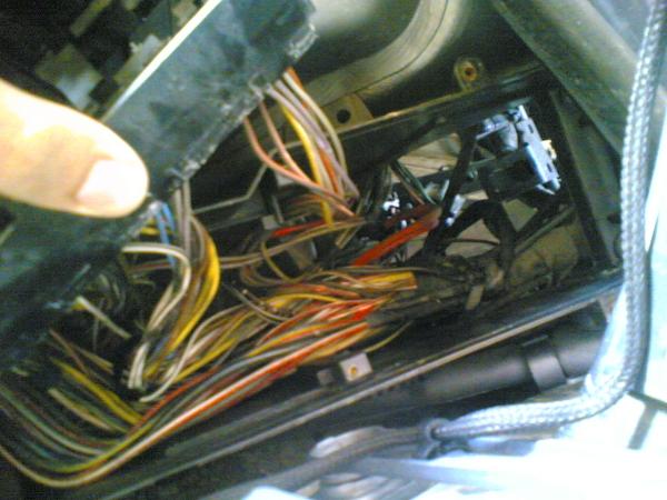 mercedes w124 fuse box rusted conectors check your fuse box mercedes benz forum  rusted conectors check your fuse box