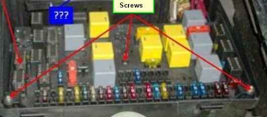 D W K Kms Rear Window Fuse Box Screws on Old Fuse Box Covers