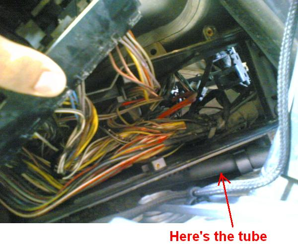 rusted conectors check your fuse box mercedes benz forum click image for larger version fuse box2 jpg views 500 size
