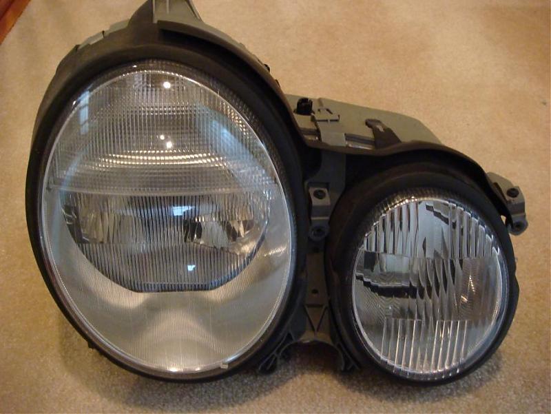 FS: 2002 E55 PESSENGER SIDE HEAD LIGHT ASSY-hdlg.jpg