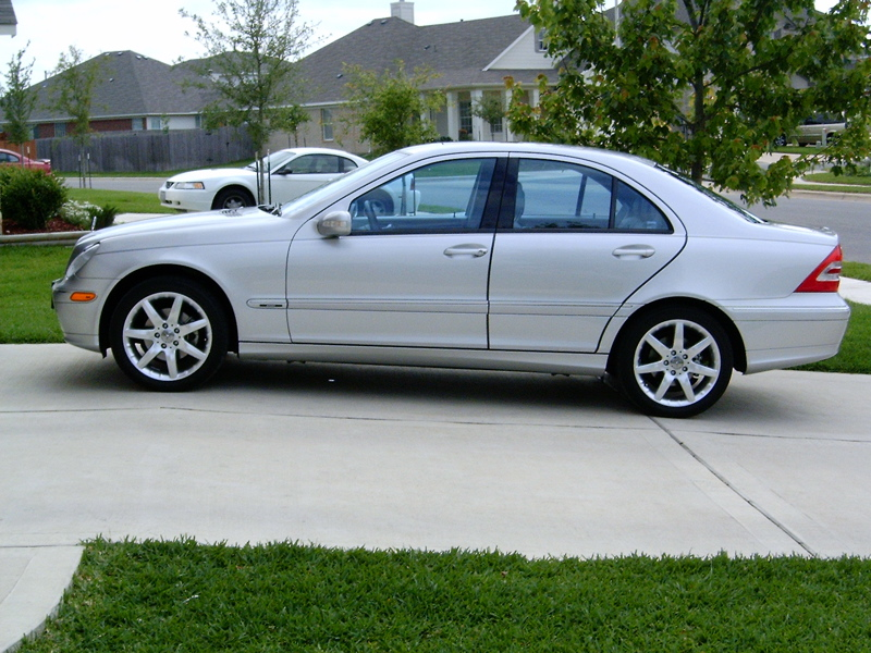 Mercedes benz for Mercedes benz blue window tint