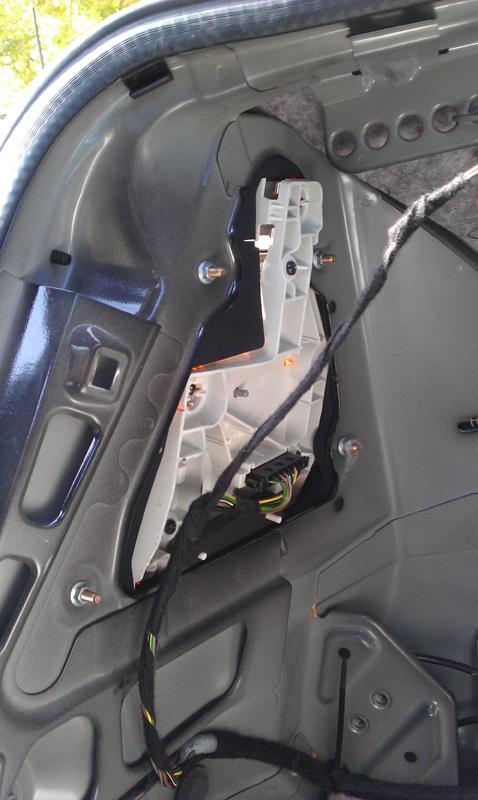 Diy Replace Rear Tail Light Socket Plates Mercedes Benz