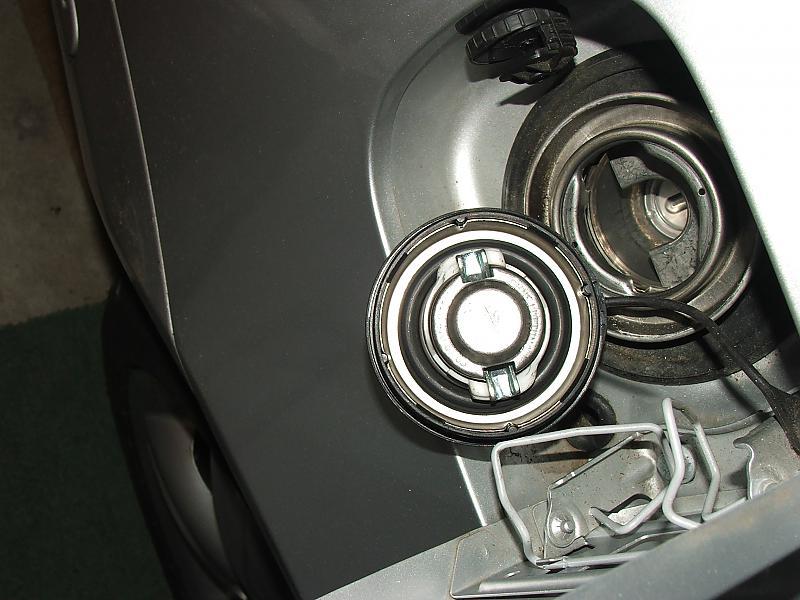 Mercedes C Gas Tank Size