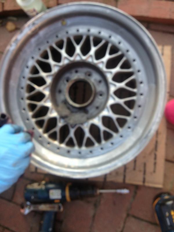 Vintage wheels & hubcaps: BBS, Pentas, Lorinser LO, even a bundt-imageuploadedbyag-free1354414894.585333.jpg