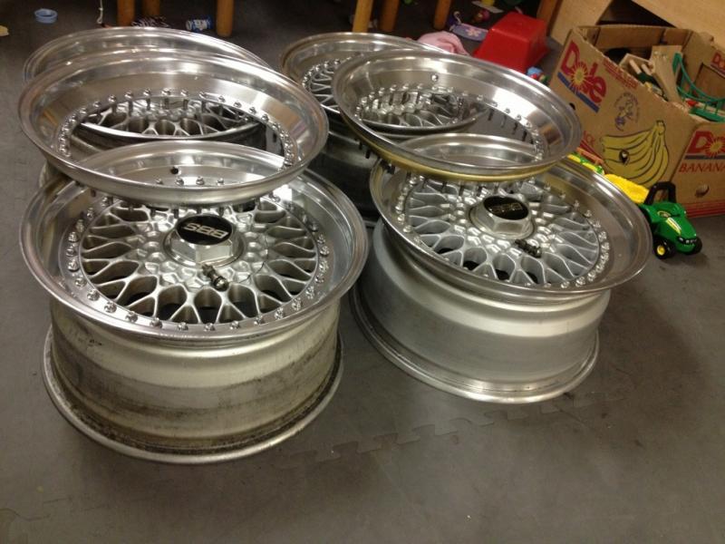 Vintage wheels & hubcaps: BBS, Pentas, Lorinser LO, even a bundt-imageuploadedbyag-free1354521293.564134.jpg