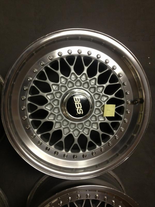 Vintage wheels & hubcaps: BBS, Pentas, Lorinser LO, even a bundt-imageuploadedbyag-free1354548314.822546.jpg