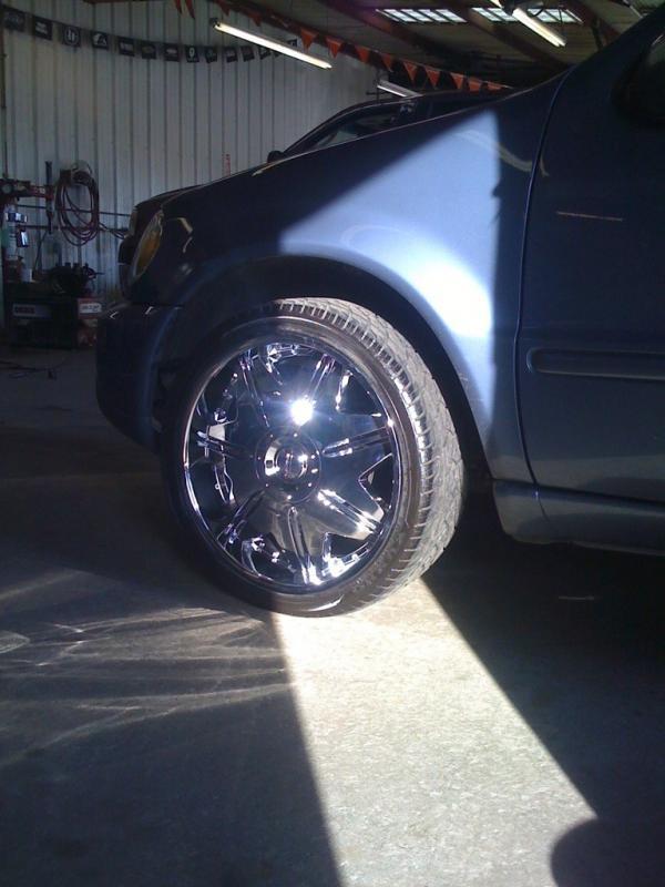 22 inch rims with tires-imageuploadedbyag-free1361090095.863558.jpg