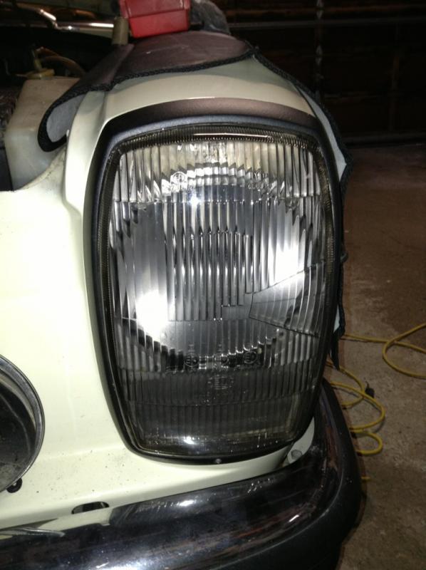 W114 Coupe Headlight Opinion - Sealed beam vs. H4 Motorcycle units-imageuploadedbyag-free1363353647.589077.jpg