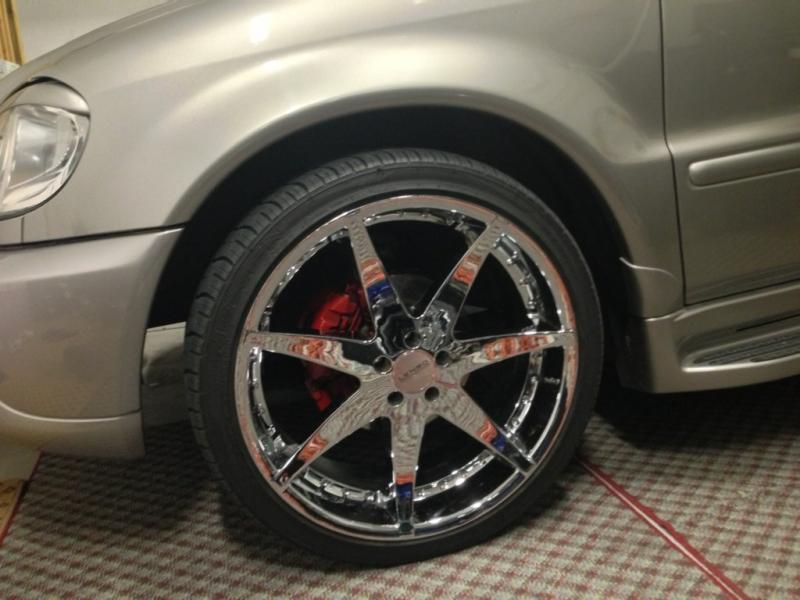 22 inch rims w/ tires-imageuploadedbyag-free1363933427.023489.jpg