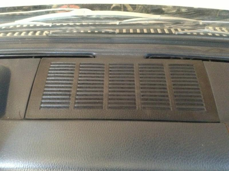W114/15 dash speaker upgrade-imageuploadedbyag-free1364695138.983531.jpg