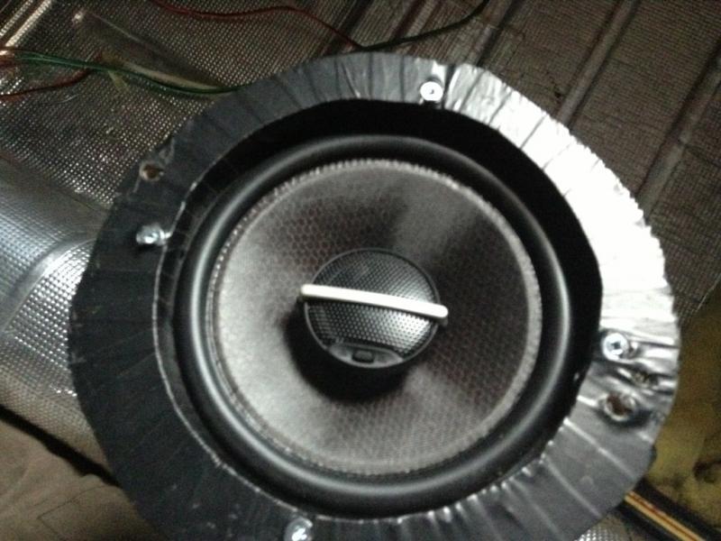 W114/15 dash speaker upgrade-imageuploadedbyag-free1365900641.070255.jpg