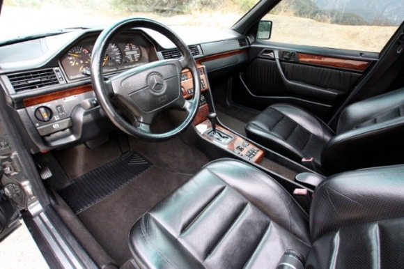sporty interior and rare w124 colors mercedes benz forum. Black Bedroom Furniture Sets. Home Design Ideas