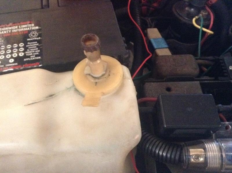 wbere does my windshield wiper fluid go-imageuploadedbyag-free1384644404.088172.jpg
