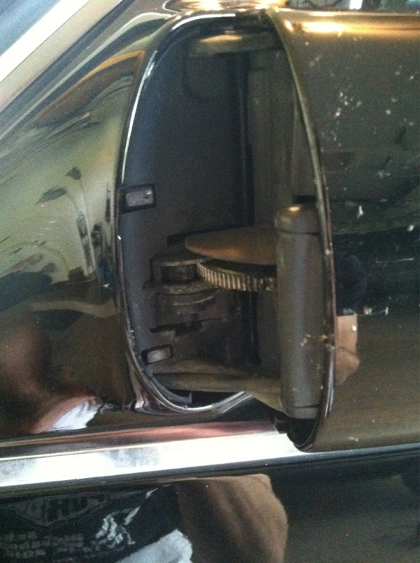 Outside mirror removal?-imageuploadedbyautoguide1333575491.736544.jpg