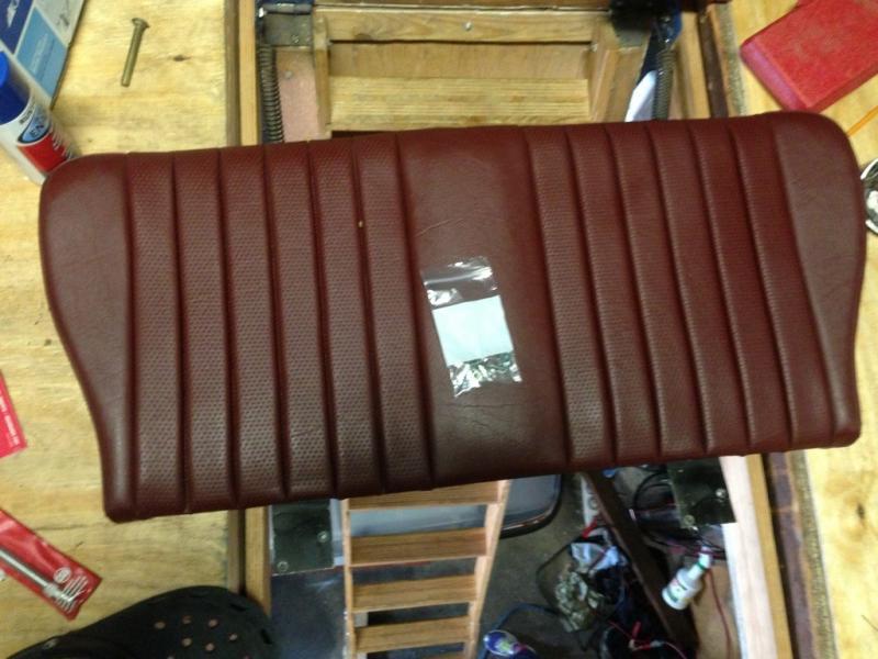FS: Burgundy r107 folding back seat-imageuploadedbyautoguide1369399601.421063.jpg