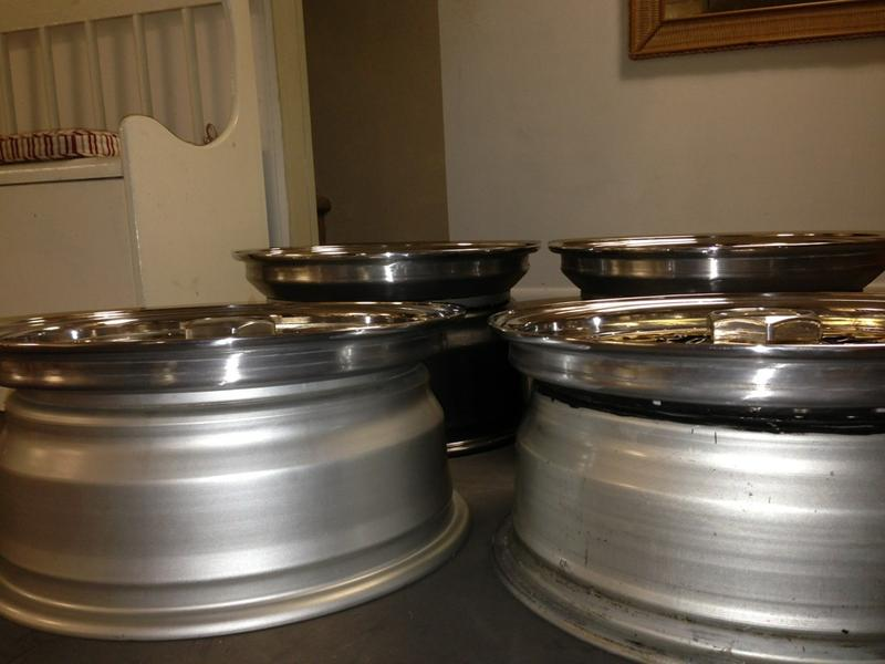 Vintage wheels & hubcaps: BBS, Pentas, Lorinser LO, even a bundt-imageuploadedbyautoguide1373348215.722487.jpg
