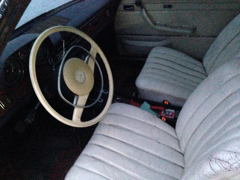 W114 Coupe Seats in a W115 Sedan-imageuploadedbyautoguide1399244973.615015.jpg