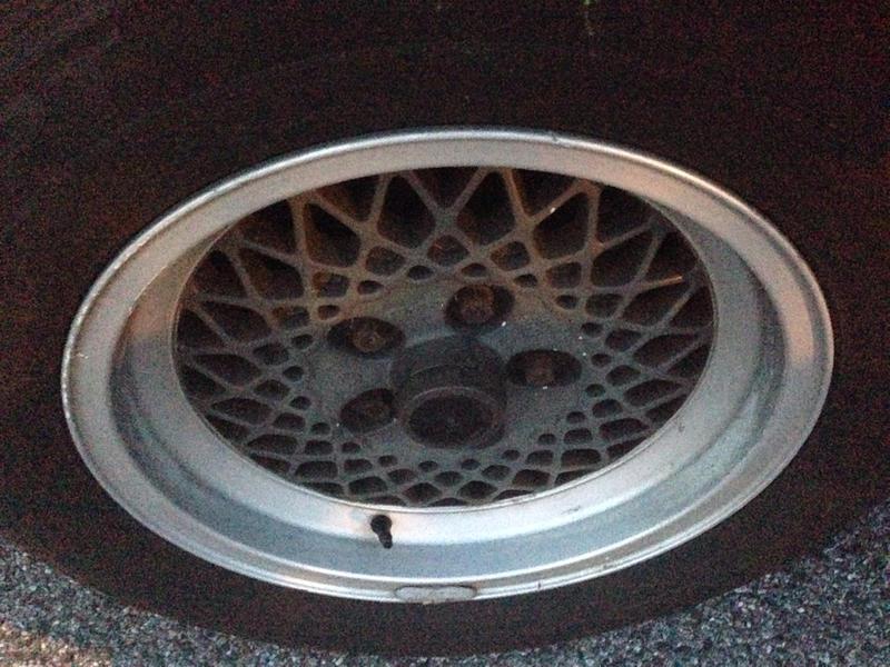 Vintage wheels & hubcaps: BBS, Pentas, Lorinser LO, even a bundt-imageuploadedbyautoguide1408716256.954352.jpg