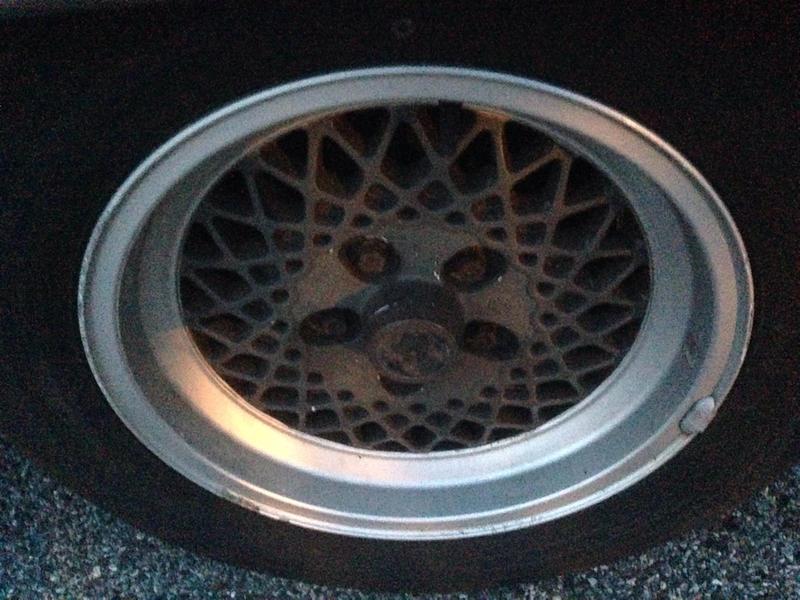 Vintage wheels & hubcaps: BBS, Pentas, Lorinser LO, even a bundt-imageuploadedbyautoguide1408716283.004140.jpg