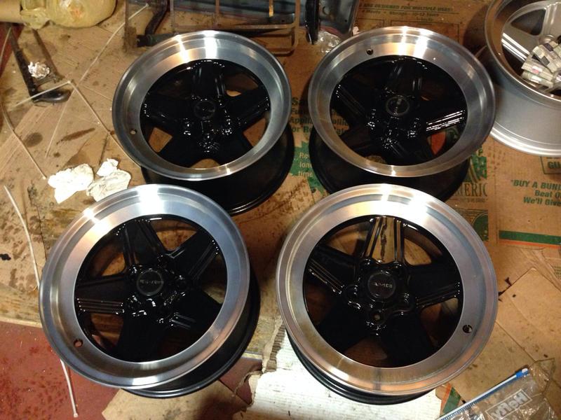 Vintage wheels & hubcaps: BBS, Pentas, Lorinser LO, even a bundt-imageuploadedbyautoguide1408718664.303808.jpg