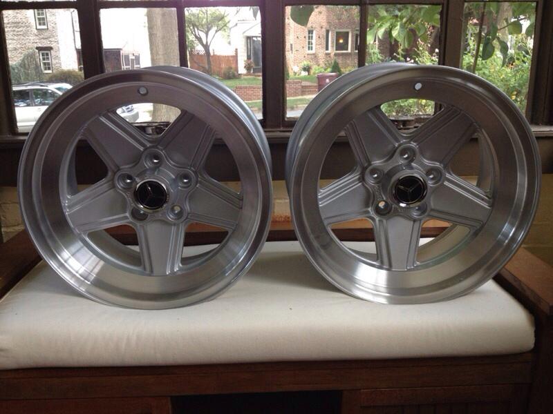 Vintage wheels & hubcaps: BBS, Pentas, Lorinser LO, even a bundt-imageuploadedbyautoguide1408719049.953396.jpg