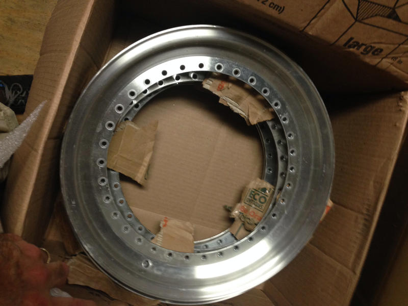 Vintage wheels & hubcaps: BBS, Pentas, Lorinser LO, even a bundt-imageuploadedbyautoguide1408719943.230613.jpg