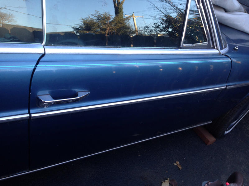 1970 250c possible part out blue on blue tex-imageuploadedbyautoguide1419259608.809576.jpg