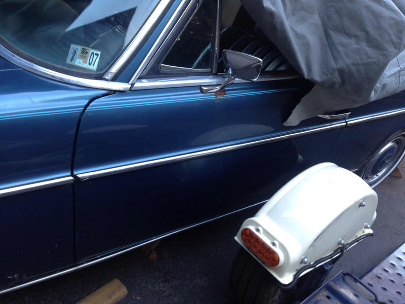 1970 250c possible part out blue on blue tex-imageuploadedbyautoguide1419259636.195086.jpg