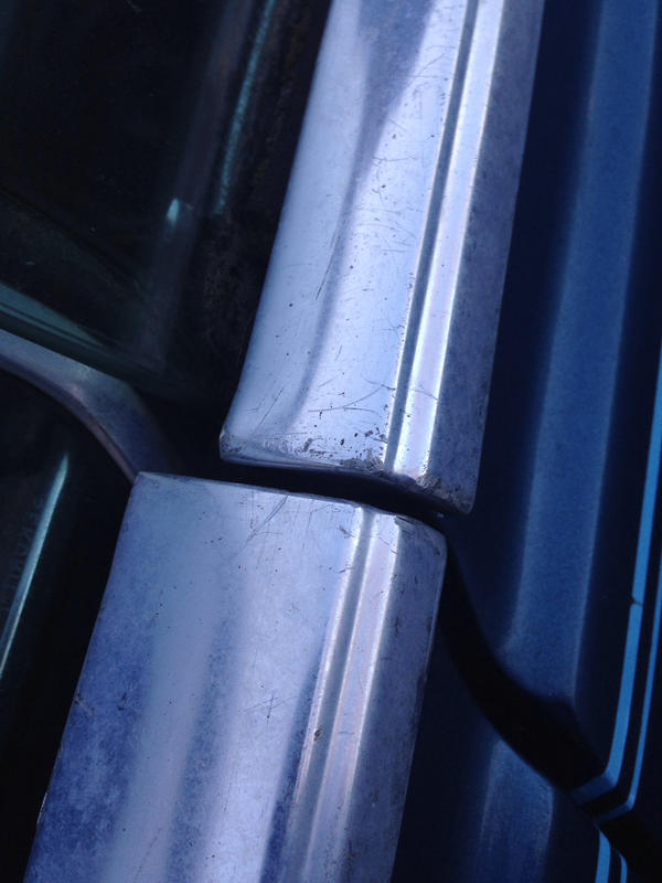 1970 250c possible part out blue on blue tex-imageuploadedbyautoguide1419262097.352930.jpg
