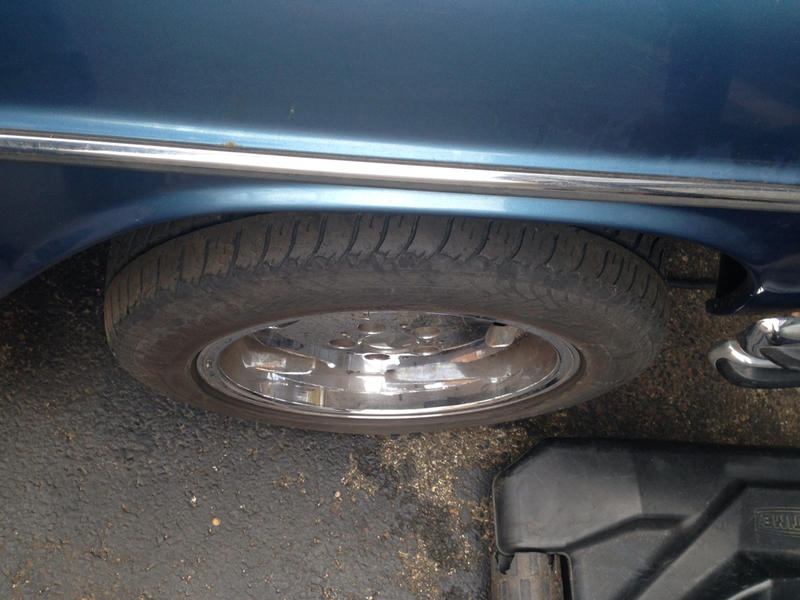 Will this wheel fit my W114 w115? Tire size & offset please-imageuploadedbyautoguide1420222852.429654.jpg