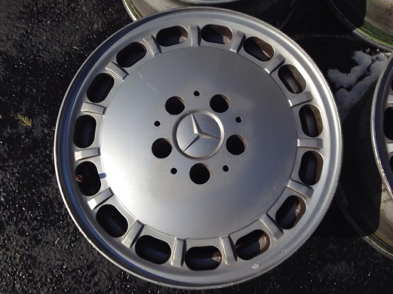 7x15 et25 86-89 r107 w126 wheels-imageuploadedbyautoguide1424021947.801875.jpg