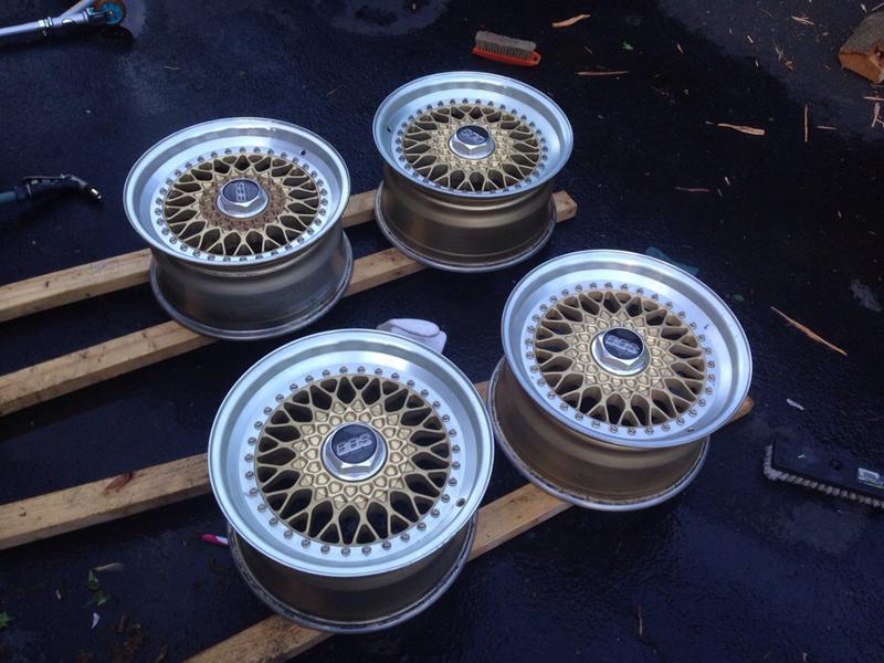Vintage wheels & hubcaps: BBS, Pentas, Lorinser LO, even a bundt-imageuploadedbyautoguide1431564928.279420.jpg