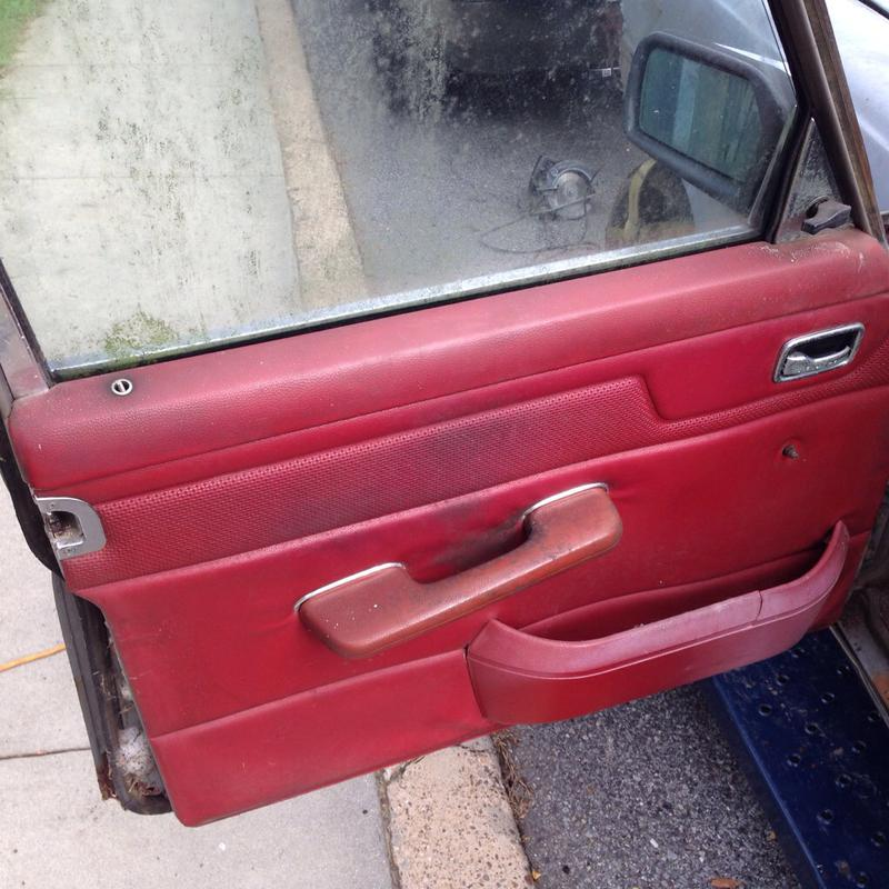 240d 74-76 stick shift sedan part out-imageuploadedbyautoguide1436393908.998376.jpg