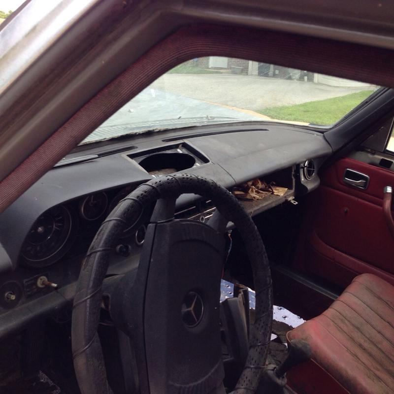 240d 74-76 stick shift sedan part out-imageuploadedbyautoguide1436393917.998108.jpg