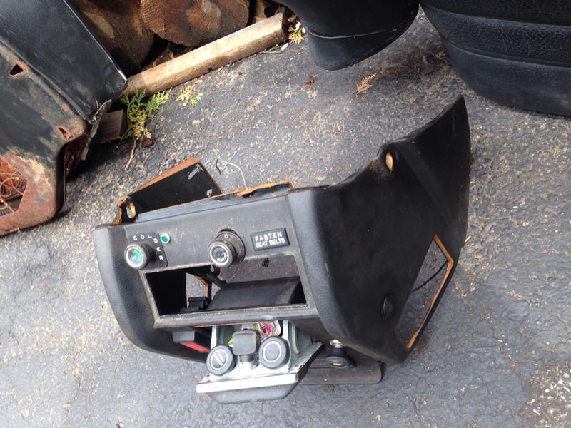 240d 74-76 stick shift sedan part out-imageuploadedbyautoguide1436470547.244456.jpg
