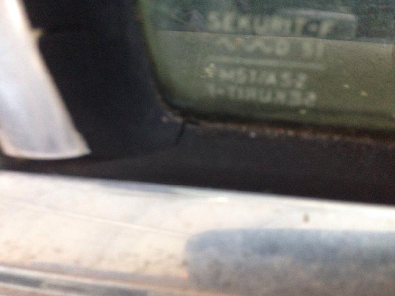 W108 rear door fixed window seals, impossible to find?-imageuploadedbyautoguide1441108720.634986.jpg