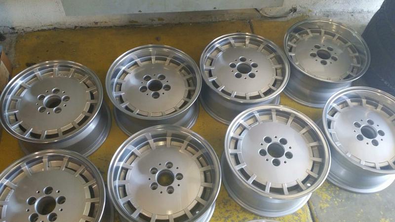 Vintage wheels & hubcaps: BBS, Pentas, Lorinser LO, even a bundt-imageuploadedbyautoguide1442627747.322484.jpg