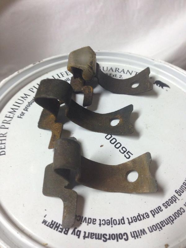 3 types of hub cap clips - which is which?-imageuploadedbyautoguide1447594676.001235.jpg